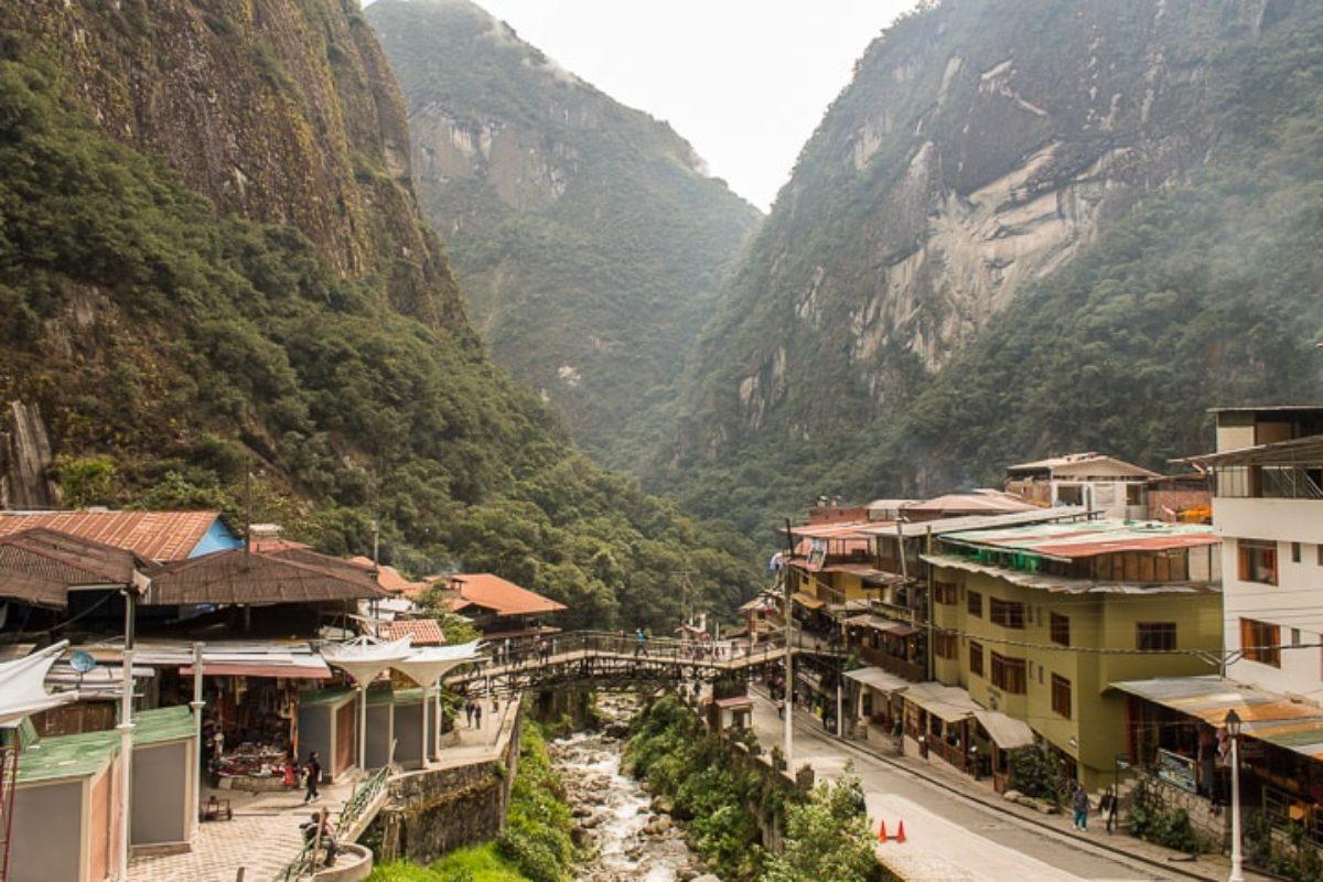 Águas Calientes: última parada antes de Machu Picchu!
