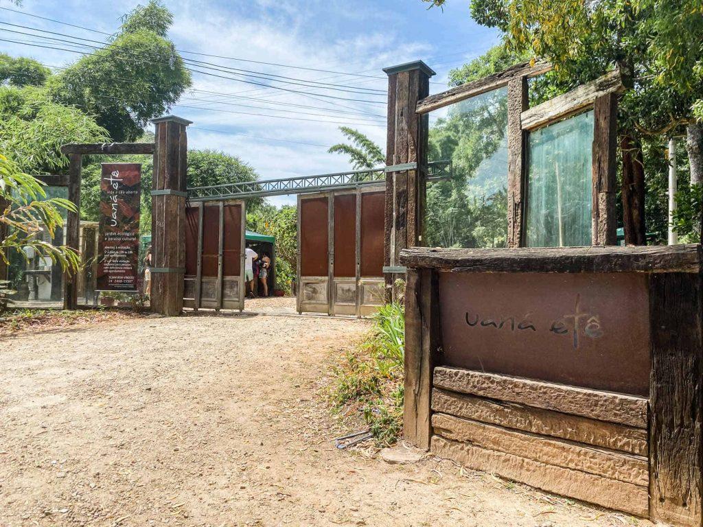 Entrada do Parque Uaná-Etê: visita ao parque em Paulo de Frontin